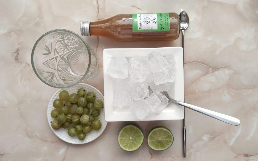 Egrešovo rebarborová ovocná limonáda